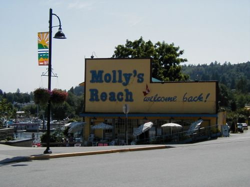 Molly's Reach Cafe, Gibsons, BC