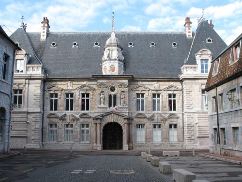 Grand Architecture