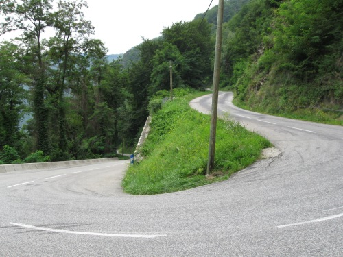 Tight Hairpin Bends!